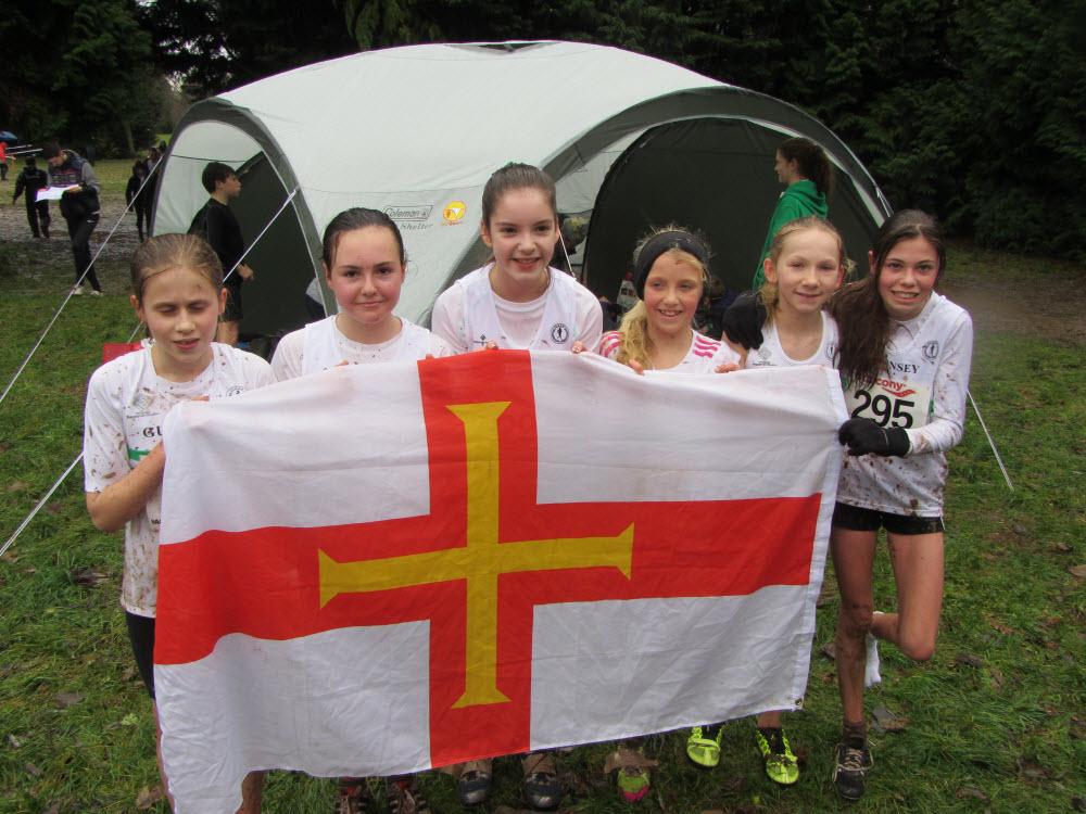 2014 GIAAC u13 girls team Hampshire Cross Country Championships